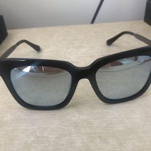 Diff eyewear Bella polarized black/blue sunglasses
